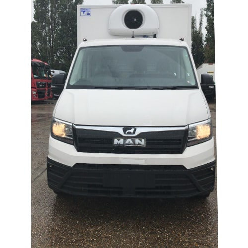 MAN-chassis-cab-refrigerated-box-van-white